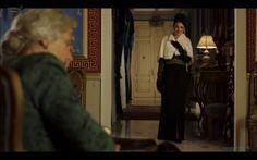 Sira Quiroga vestido negro fiesta. El tiempo entre costuras. Capítulo 7