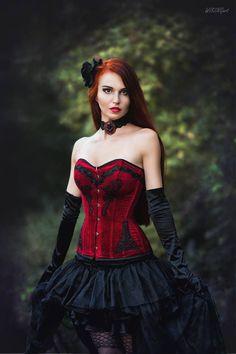 Model: Asuna Photo: WikingArt - Fotografia... - Gothic and Amazing More