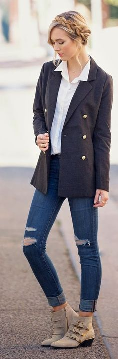 Classic Casual Outfit • Vila Boyfriend Shirt • Coat Type Blazer • Ripped Low Rise Skinny Jeans • Boho Clay Studded Booties •