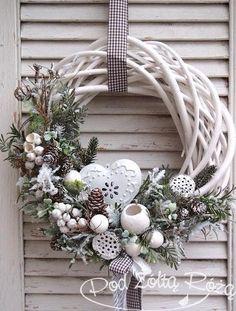 19 Most Adorable White Christmas Decoration Ideas 2017 - christmas dekoration Noel Christmas, Rustic Christmas, Winter Christmas, Christmas Ornaments, Christmas Design, Homemade Christmas, Christmas Ideas, Natal Diy, Deco Floral