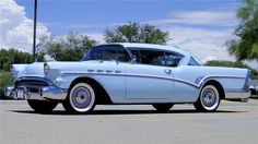 1957 BUICK SUPER RIVIERA 2 DOOR HARDTO - Barrett-Jackson Auction Company - World's Greatest Collector Car Auctions