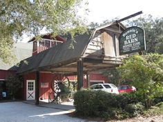 Bennie's Red Barn, St Simons Island GA. Seafood and steaks in a rustic, Island setting. A huge fireplace for winter dining warms all who visit.