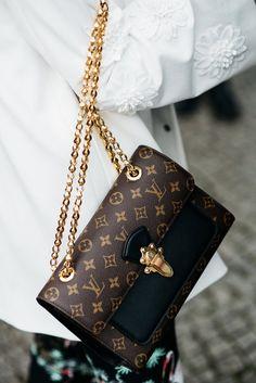 Louis Vuitton 'Victoire' Bag