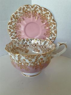 VTG Mauve Pink Heavy Gilt ROYAL ALBERT Cascade Bone China