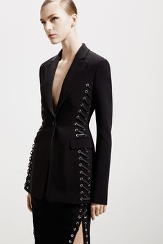 Certainly too sexy for the office but my god what a power suit. Altuzarra - Pre-Fall 2015 - Look 7 of 26