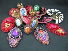 Beautiful embroidered jewelry by Theresa Labriet | Beads Magic