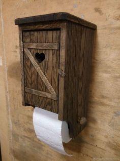 Купить или заказать Держатель для туалетной бумаги в интернет-магазине на Ярмарке Мастеров. Держатель для туалетной бумаги из дуба. Внутри полка для запасного рулончика. На крыше прекрасно размещается мобильный телефон :) Может быть выполнен в разных цветовых решениях, а также из других материалов - сосна, бук и т.д.