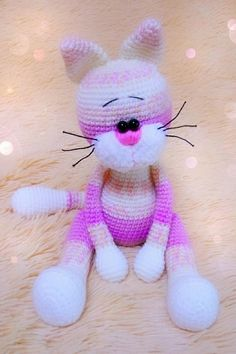 Crochet toy cat amigurumi With this free amigurumi pattern you will get a cat about 25 cm high with ears. To create this cat you'll need 2 mm crochet hook and NAKO Baby Marvel Petit yarn. Crochet Pikachu, Crochet Cat Toys, Crochet Animal Amigurumi, Crochet Cat Pattern, Cat Amigurumi, Crochet Amigurumi Free Patterns, Crochet Teddy, Crochet Blanket Patterns, Crochet Animals