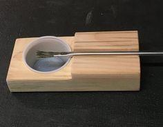 Glue cup holder