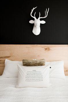 HOME | B&W bedroom