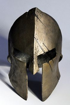 Love this helmet. Looks like the Spartan that wore this had an asymmetric nose! Warrior Helmet, Helmet Armor, Spartan Warrior, Spartan Race, Larp, Spartanischer Helm, Spartan Tattoo, Inspiration Drawing, Motorcycle Helmets