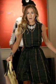 Sarah Jessica Parker wearing gorgeous Faster than Paris dress on Glee
