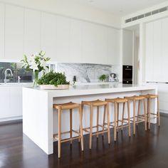 European Home Decor European Home Decor, Home Kitchens, Kitchen Remodel, Kitchen Inspirations, Kitchen Dining Room, Home Decor Kitchen, Kitchen Interior, Interior Design Kitchen, Modern Kitchen Design
