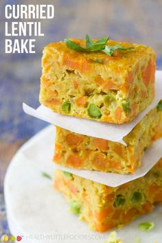 Curried Lentil Bake Curried Lentil Bake for Baby Led Weaning - Healthy Little Foodies vegane Babynahrung Lentil Recipes, Vegetarian Recipes, Healthy Recipes, Lentil Meals, Vegetarian Finger Food, Lentil Dishes, Healthy Food, Eggs And Sweet Potato, Baby Food Recipes