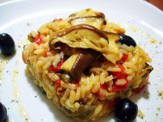 Arroz con verduras y boletus, nos permite combinar la melosidad del arroz el toque de las verduras y el inconfundible sabor que aportan los hongos boletus.