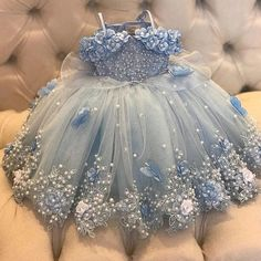 Gowns For Girls, Toddler Girl Dresses, Little Girl Dresses, Flower Girl Dresses, Toddler Girls, Girls Dresses, Toddlers And Tiaras, Baby Dress Design, Kids Gown