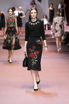 dolce-and-gabbana-winter-2016-women-fashion-show-runway-68