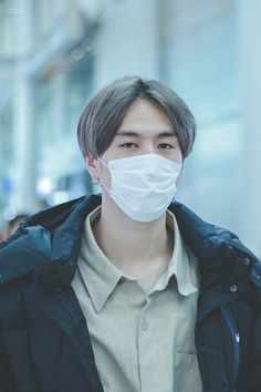 171211 Yugyeom at Incheon Airport (heading to Thailand) cr: spirityugyeom