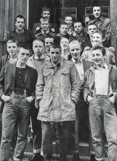 football hooligans, casuals, skin heads