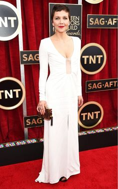 Maggie Gyllenhaal in a white Thakoon gown with a plunging neckline at the 2015 SAG Awards