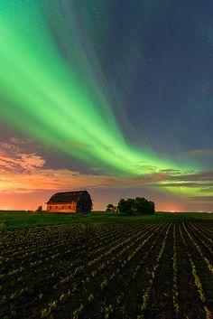 Field Of Dreams - Northern lights over abandoned barn, Manitoba, Canada