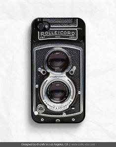 I don't even have an iPhone and I want this.... ****Vintage Camera Case for  iPhone 4 / 4s by CRAFIC on Etsy, $15.99