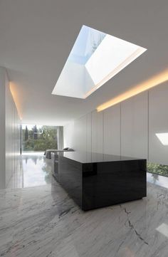 KSK/ Fran Silvestre, Aluminum house