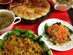 昨日の夕ご飯 - 12件のもぐもぐ - カレーチャーハン・ほうれん草と人参サラダ・餃子・ワカメスープ by jun5515