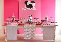 fiesta tematica minnie rosa - Buscar con Google. Colores: Gris y rosa combinados con blanco y negro