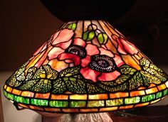 16 Inch Poppy Lamp - Light Up Our Gallery Entry - Delphi Artist Gallery Tiffany Table Lamps, Vintage Menu, Pink Poppies, Stained Glass Lamps, Tiffany Glass, Artist Gallery, Lamp Bases, Glass Design, Lamp Light
