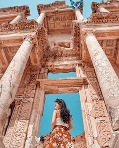 """Doreen Low on Instagram: """"Greetings from Turkey The Ephesus Library 💕💕 . . . . #ephesus #libary #izmir #turkey #travel #holiday #aroundtheworld #traveltheworld…"""" Greetings from Turkey The Ephesus Library 💕💕 .<br> Visit Istanbul, Istanbul Travel, Greece Vacation, Greece Travel, Turkey Destinations, Travel Destinations, Places To Travel, Places To Visit, Architecture Antique"""
