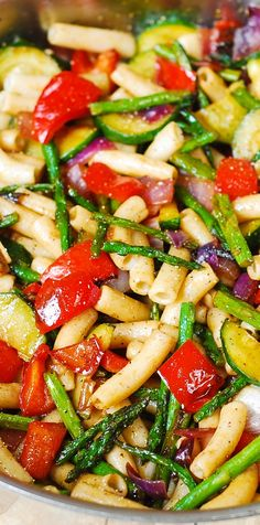 Healthy gluten free Pasta Salad with Roasted Vegetables - a delicious way to utilize lots of veggies in a healthy, satisfying main dish! #BHG #sponsored