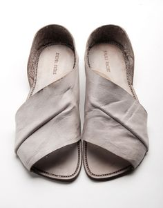 I want these sandals for the summer!