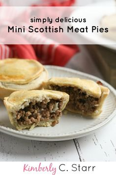 Scottish Mini Meat Pies Scottish Mini Meat Pies This easy to make, delicious mini meat pie recipe takes all the best of traditional Scottish meat pies and makes it single-serving sized. Scottish Meat Pie Recipe, Scottish Recipes, Irish Recipes, Meat Recipes, Cooking Recipes, English Meat Pie Recipe, Canadian Meat Pie Recipe, Easy Meat Pie Recipe, Street Food