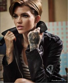 Ruby Rose Stars as the Face of Denim Supply Ralph Laurens Spring Ca - Ruby Rose♡ - Cheveux Pretty People, Beautiful People, Short Hair Cuts, Short Hair Styles, Pixie Cuts, The Face, Orange Is The New Black, Woman Crush, Celebrity Crush