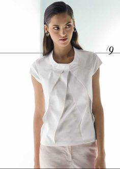 NARA - White Pleated Ladies Top. From their SS2014 'DONNA' Collection -  http://www.nara-camicie.it/wp/portfolio/donna-35/  PDF Catalogue (pg 9 for this top here: http://www.nara-camicie.it/NaraCatalogoPE14_web_lr.pdf) ***I was inspired to Pin this after seeing Silvia's instagram pic http://www.pinterest.com/sewingprincess/ http://instagram.com/p/o8eVayr2be/ ***