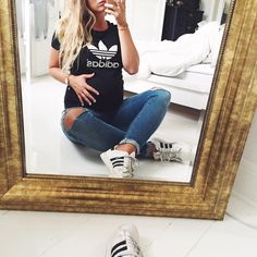 Joanna Johansson (@joannajohanssonx) Instagram photos and videos Love these ripped maternity jeans