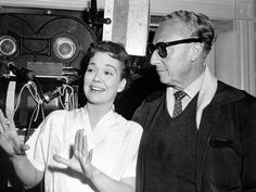 Jane Wyman and Director Douglas Sirk on the set of All That Heaven Allows. All That Heaven Allows, Jane Wyman, Jean Luc Godard, Opening Credits, Barbara Stanwyck, Famous Couples, 2 Movie, Great Films, Almost Famous