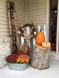 30 Simple Fall Porch Decorating Ideas 30 Simple Fall Porch Decorating Ideas The post 30 Simple Fall Porch Decorating Ideas & Outdoor Decor appeared first on Fall decor ideas . Fall Home Decor, Autumn Home, Front Porch Fall Decor, Fall Porch Decorations, Fall Front Porches, Porch Ideas For Fall, Country Fall Decor, Halloween Decorations, Fall Yard Decor