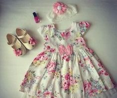 Kids dress pattern with pleats on front Order via line : @ Fashion Kids, Toddler Fashion, Fashion Outfits, Frocks For Girls, Little Girl Dresses, Girls Dresses, Toddler Dress, Baby Dress, Dress Anak