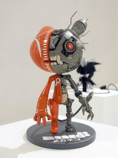 custom Mekaneko by Matteo De Longis - robotic cat from the future