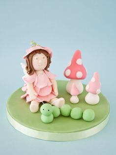 Gorgeous cake topper for a garden fairy party - with tutorials!