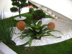 Garden Design Ideas With Pebbles Patios Organizing And Gardens