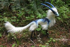 Posable fantasy creature art dolls and other unique sculpted, sewn, and painted creations by Calyn McLeod Bizarre Animals, Mystical Animals, Rare Animals, Unique Animals, Cute Baby Animals, Animals And Pets, Felt Animals, Cute Fantasy Creatures, Mythical Creatures Art