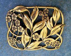 Brooch Vintage Large Art Nouveau Gold Tone
