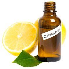 Zitronenöl, klärt den Geist.  Zitronenöl bringt frischen Wind in die Seele und reinigt sie von angesammeltem Staub der Vergangenheit.  #DieSiebenChakren #Akne #Ägyptisch #Horus #Isis #Pflanzenöl #Heilung #heiligenÖle #ägyptischeÖle #mode #ätherischeÖle #Öle #Beauty #Makeup #Naturkosmetik #Schönheit #Haut #Tipps #BeautyTricks #Rezepte #Gesund #Aromatherapie #etherisches #Duftöle #Aromatherapie #chakren #Ägypter #SiebenHeiligenÖle #Zitronenöl Hot Sauce Bottles, Tricks, Roots, Knowledge, Skin Tips, Chakras, Healing, Organic Beauty, Home Remedies