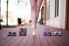 Senior Portrait / Photo / Picture Idea - Girls - Dance / Dancer - Ballet / Ballerina - Shoes