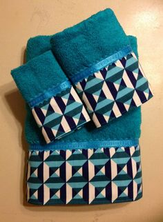 Turquoise navy and white square and stripes bath towels. www.ladydiblankets.etsy.com - Love her stuff!