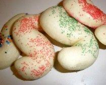 Journey of an Italian Cook: Pignoli Cookies, Citrus Cookies and Italian Knot Cookies Italian S Cookie Recipe, Italian Fig Cookies, Italian Christmas Cookies, Italian Desserts, Italian Dishes, Italian Recipes, Pignoli Cookies, Giraffe Cakes, Italian Bakery