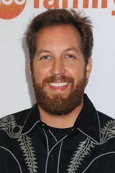Major Twitter investor Sacca is selling his stock wants company acquired     - CNET  One of Twitters longtime investors and staunch supporters said hes been selling his stock and wants the social network to be acquired.  Chris Sacca said Tuesday the company has fallen short of its potential by failing to highlight its most interesting content despite constant tweaks to make the platform easier to use.  Major Twitter investor Chris Sacca says hes sold some Twitter stock and thinks the social…